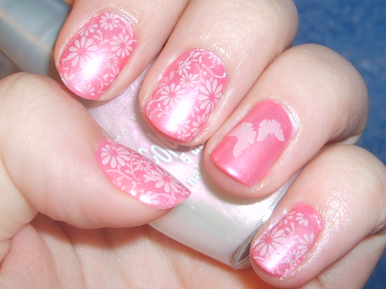 Easter Nail Art | A Map to Beautiful